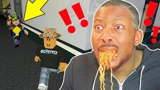 Download I EAT SPICY NOODLES, IF I GET CAUGHT! (Roblox Flee The Facility) Video
