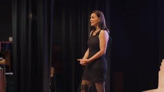 Download Florecita Rockera tú te la buscaste | Luciana Olivares | Luciana Olivares | TEDxLima Video