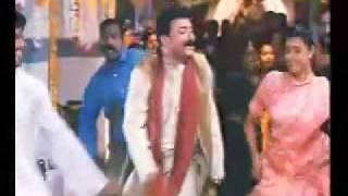 Download One Man Show- malayalam song- pavizhamalar penkodi Video