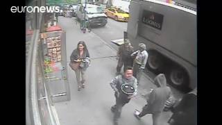 Download Thief caught on camera stealing bucket of gold Video