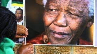Download Barack Obama's South Africa visit dominated by Nelson Mandela's health Video