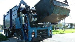 Download Garbage Trucks: City of Venice Video