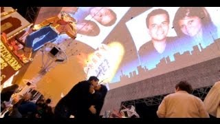 Download Las Vegas Flash Mob Proposal - ″Marry You″ by Bruno Mars Video