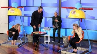 Download Blake Shelton and Ellen Play 'Wet Head'! Video