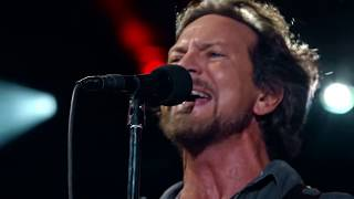 Download Pearl Jam 08-22-2016 Wrigley Field Chicago IL Full Show Multicam SBD Blu-Ray Video