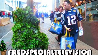 Download NEW ENGLAND PATRIOTS FAN FREAKS OUT AT THE BUSHMAN PRANK Video