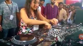 Download lady playe DJ to IPL MUSIC Video