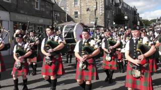 Download Street Parade of the massed Scottish pipe bands to the 2016 Pitlochry Highland Games in Perthshire Video