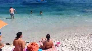 Download Bagnanti travolti da un'onda anomala all'isola d'Elba Video