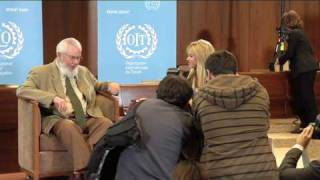 Download [Full coverage] Shakira Receives Social Justice Award at the ILO Video