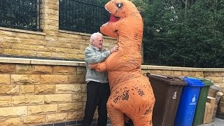 Download OLD MAN VICIOUSLY ATTACKED BY T-REX!!! Video