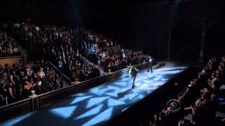 Download Kanye West and Jay-Z - Niggas in Paris (Victoria Secrets Fashion Show 2011) Live HD Video