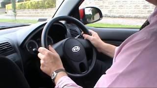 Download How to turn your steering wheel correctly Video