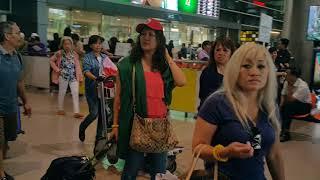 Download Trực tiếp Bão Damrey, quét qua Sài Gòn,đón VK tại Tân Sơn Nhất Airport,VN 4.11.2017 Video