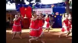 Download MÚA CÔ GIÁO EM LÀ HOA Ê-BAN - Giải nhất Video