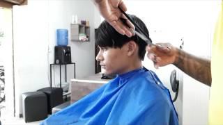Download cortando cabelo liso na tesoura Video
