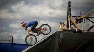 Download The Athlete Machine - Red Bull Kluge Video