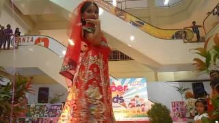 Download Juara 3 Lomba Fashion Show (A) Busana India Solo (5 Sept 15) Catalunya Sukti Rukmi Video