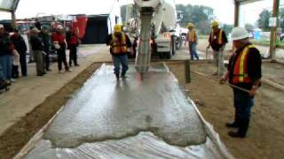 Download Self Consolidated Concrete (SCC) Demo - Woodstock Outdoor Farmshow (CFBA) Video