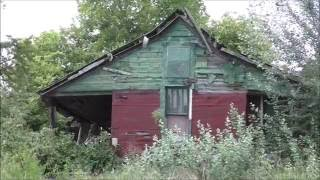 Download #8 Abandoned Home, Decaying away, SO MUCH left behind! Video