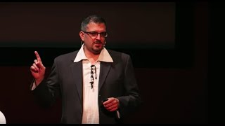 Download Come diventare Leonardo da Vinci | Mario Taddei | TEDxNovara Video