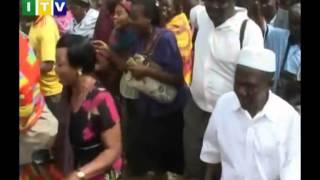 Download Washtakiwa watatu akiwemo baba wa marehemu Nasra wamerudishwa polisi. Video