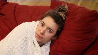Download GIRLFRIEND WEARS BLANKET ALL DAY LONG!! (even though it's hot) Video