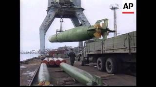 Download RUSSIA: MURMANSK: RUSSIAN SUBMARINE BASE Video