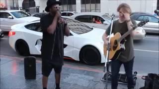 Download Famosos dan sorpresa a personas en la calle ! Video