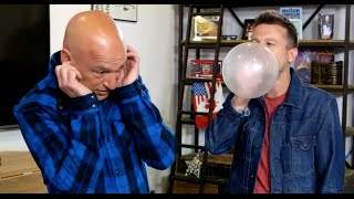 Download Mat Franco scares Howie Mandel with balloon MAGIC! Video