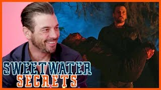 Download Riverdale Star Skeet Ulrich Spills the Surprisingly Hilarious Story Behind Jughead's Cliffhanger! Video