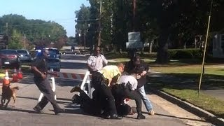 Download VIDEO: Soldier Attacking Protester at Funeral Video