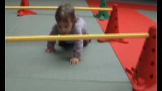 Download Un vendredi matin à la gym bébé.wmv Video
