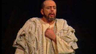 Download Rossini: Mosè / Mózes - Dal tuo stellato soglio (Cs. Airizer, A. Lantsov, M. Szűcs, I. Tas) Video