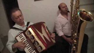 Download ccb hino 310 acordeon e sax baixo. Video