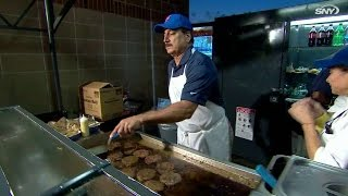 Download KC@NYM: Hernandez flips burgers at concession stand Video