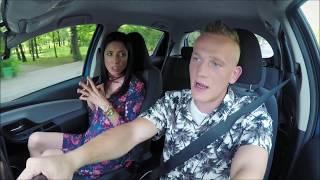 Download Młody chłopak podrywał swoją instruktorkę! [Nauka jazdy] Video