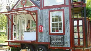 Download Traveling Tiny Firehouse Video