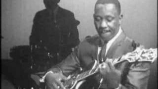 Download Wes Montgomery - Round Midnight Video