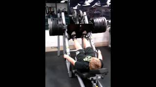 Download 14 year old kid leg presses 800 pounds Video