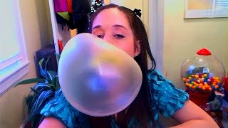 Download Blowing big yellow bubbles with Juicy Fruit bubblegum! Video