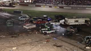 Download Rockford Speedway's World Famous Figure 8 Trailer Race 2018 Video