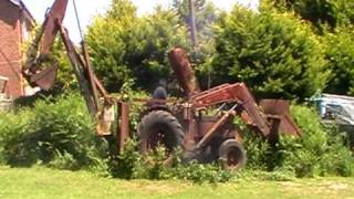 Download Starting 50 year old JCB Digger Video
