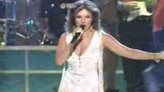 Download Selena Vive - Amor Prohibido (Thalia) - Selena Live Video