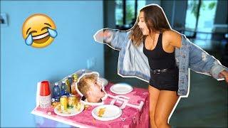 Download HEAD IN TABLE SCARE PRANK (FREAKOUTS) Video