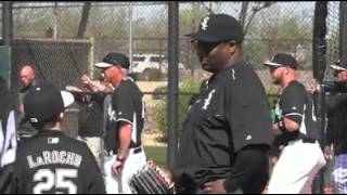 Download Bo Jackson patiently explains who he is Video