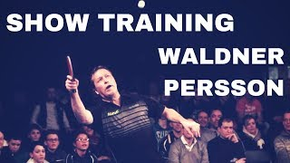 Download SHOW TRAINING WITH WALDNER JAN OVE AND PERSSON JORGEN - TABLE TENNIS EXHIBITION Video