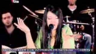 Download Arzu -İnsan olmaya geldim Video
