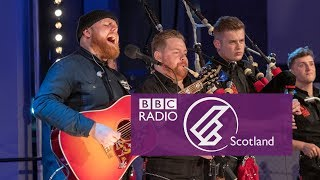 Download Tom Walker & Red Hot Chilli Pipers - Leave A Light On (The Quay Sessions) Video