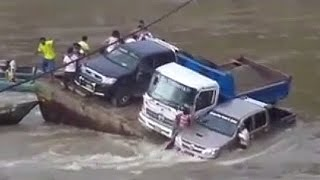 Download Car fails in water [ SINKING VEHICLES COMPILATION] Video